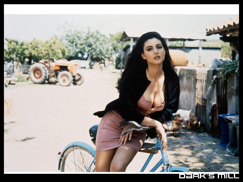 http://www.atwistedspoke.com/wp-content/uploads/2011/03/bike_porn.jpg