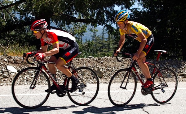 Leipheimer & Horner on Mt. Baldy [photo twisted spoke]