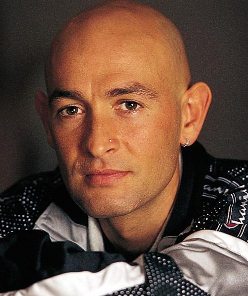 Pantani. Flaws as attraction.