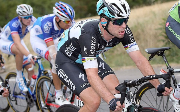 Cav emotional at end of Tour.