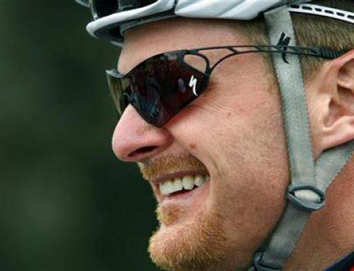 Landis retires, Armstrong reels.