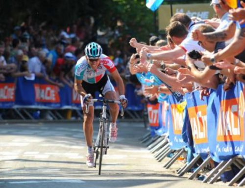 Gilbert destroys rivals in Fleche Wallonne.