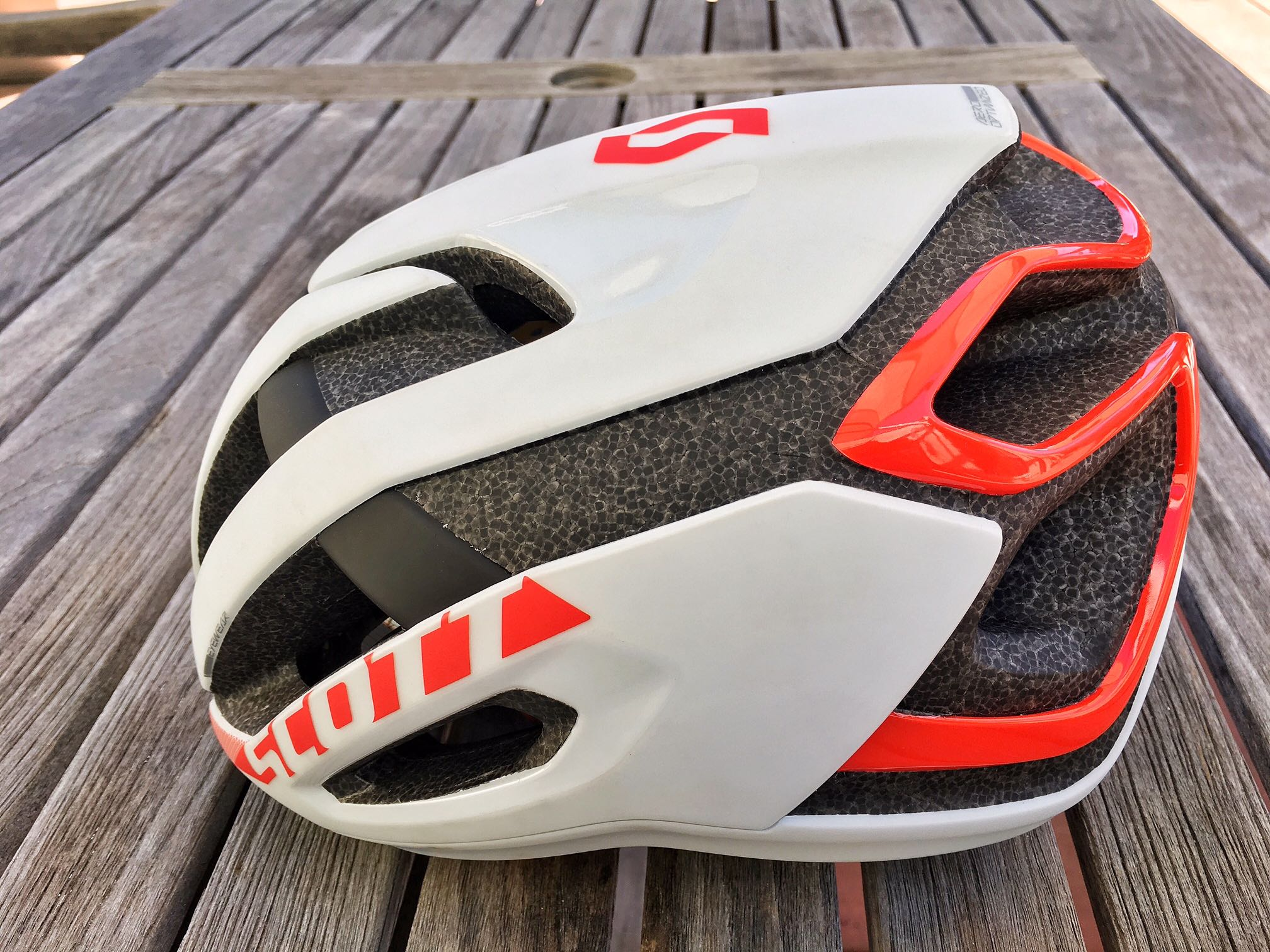 Review: Scott Centric Plus helmet. Ventilation titillation.